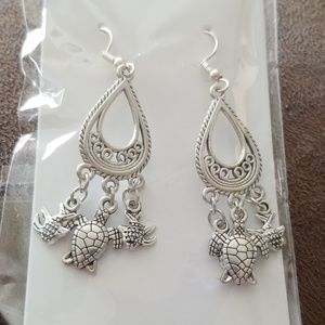 Turtle & Fish earrings